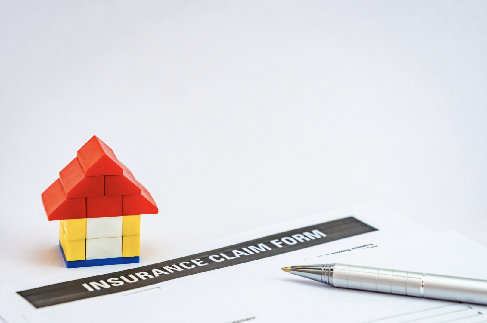 how does the homeowners insurance claim process work