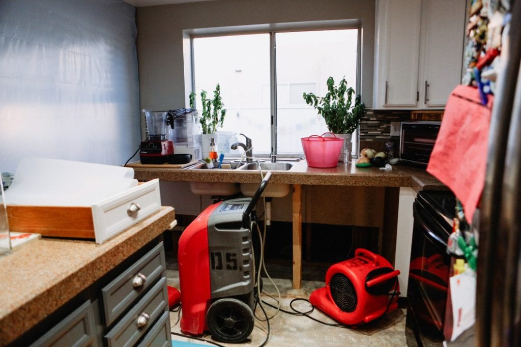 repair your home after receiving insurance claim check
