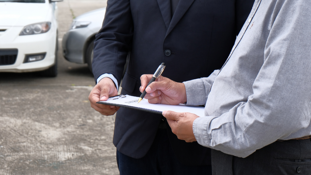 hire a public adjuster on your side when it comes to filing a homeowners insurance claim